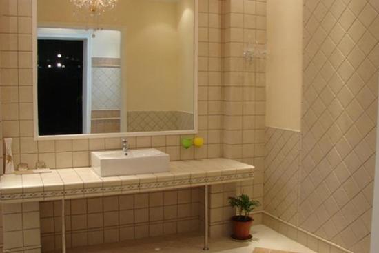 用瓷砖做洗衣池子图解